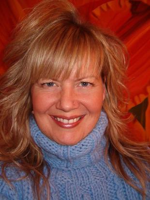 Carrie Sundahl
