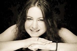 Joanne Davies